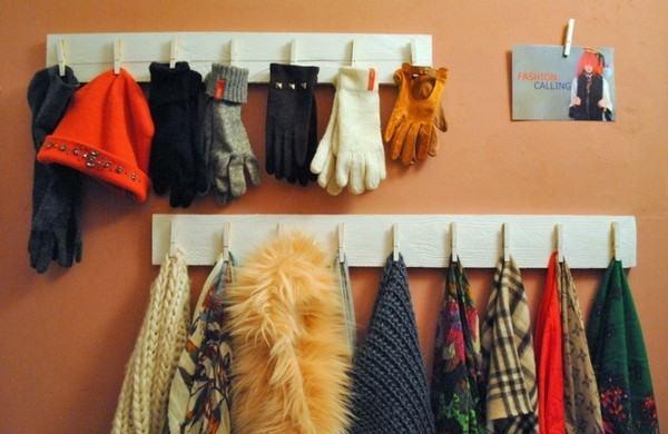 Giá treo đồ bên hông tủ
