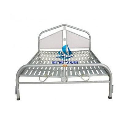 Giường ngủ inox sang trọng